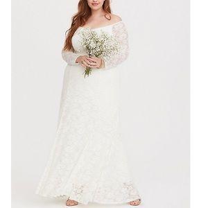 Torrid Wedding Dress . Only worn once